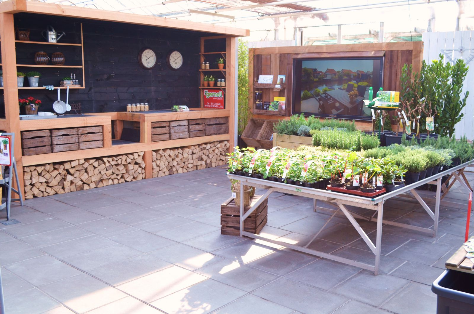 Moestuin tuincentrum gernell for Huis in tuin
